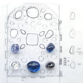 Sketch of the layout of stones on one of the crown faces.