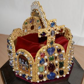 Imperial Crown of The Holy Roman Empire, complete.
